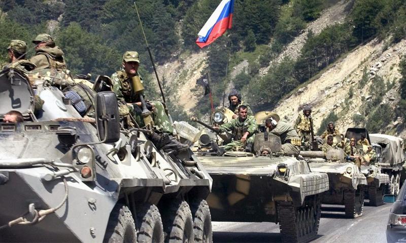 قوات روسية على الأراضي السورية (إنترنت)
