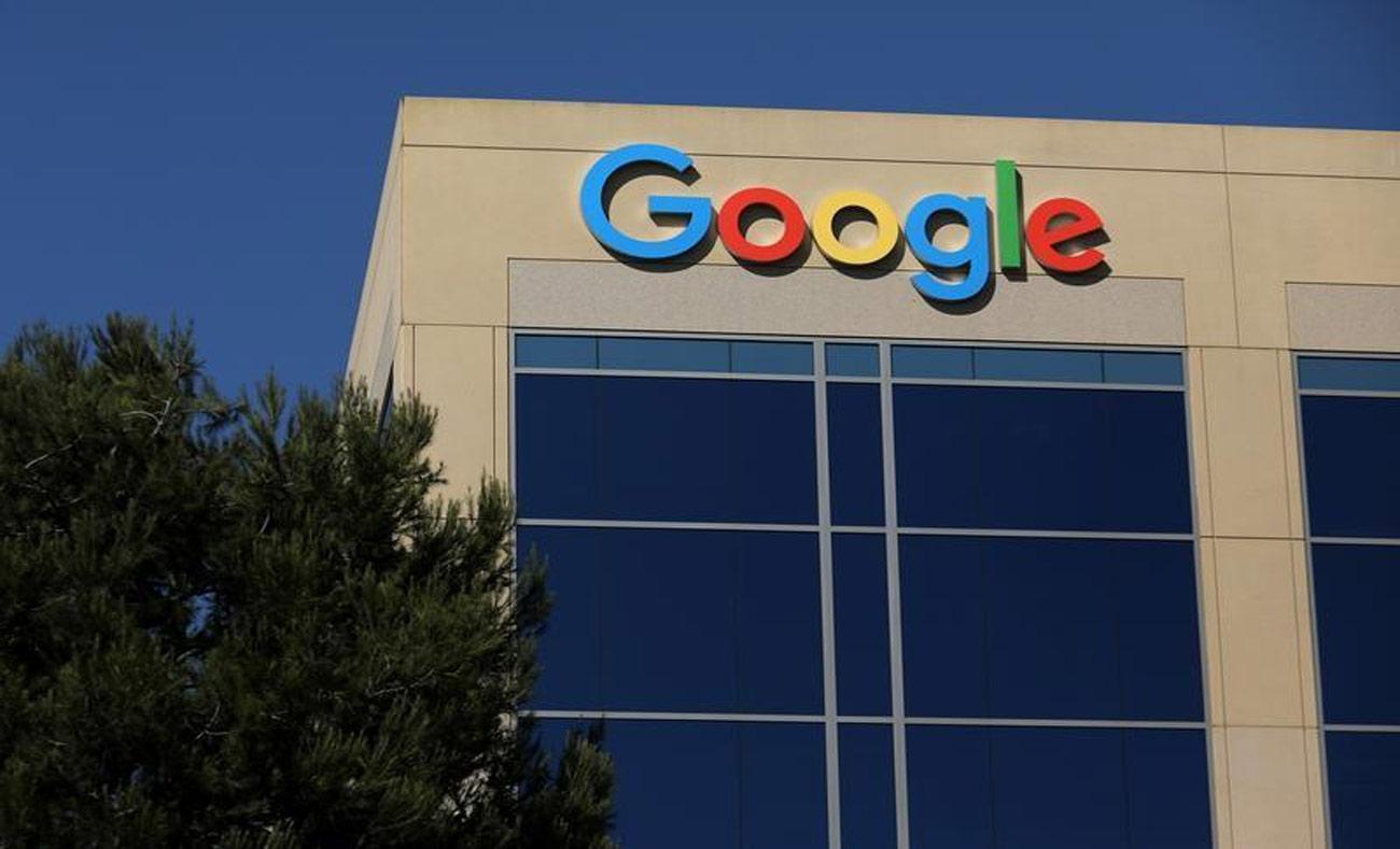 شعار شركة جوجل في كاليفورنيا - آب 2017 (رويترز)