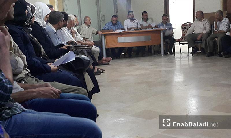تعبيرية: اجتماع المجلس المحلي في دوما مع أهالي المدينة لعرض الاحتياجات - 13 أيلول 2017 (عنب بلدي)