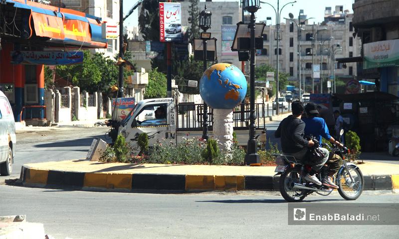حركة السوق في مدينة إدلب في- 6 حزيران 2017 (عنب بلدي)