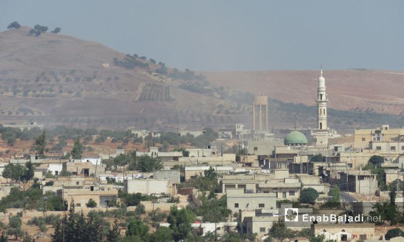 قصف مدفعي على بلدة ترملا بريف إدلب الجنوبي - 19 أيلول 2017 (عنب بلدي)