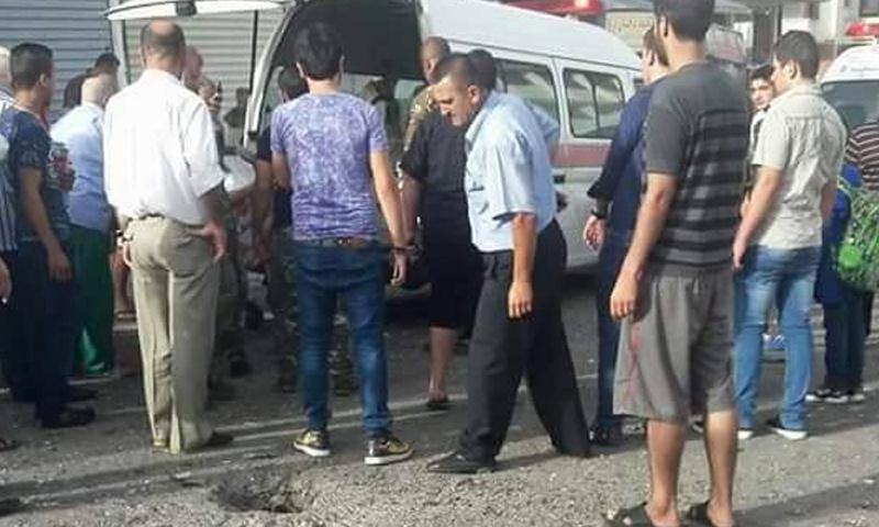 تجمعات في القرداحة عقب سقوط قذائف على المدينة - 25 أيلول 2017 (شام إف إم)