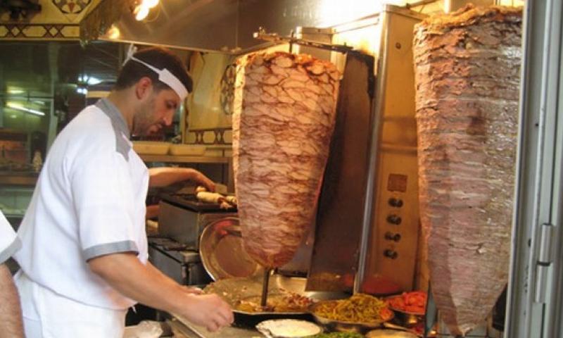 مطعم شاورما في دمشق (انترنت)