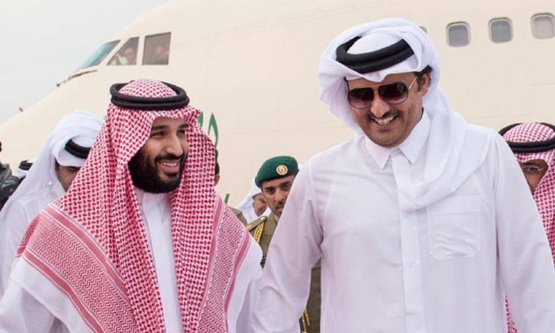 أمير قطر تميم بن حمد وولي العهد السعودي محمد بن سلمان - 12 أيار 2015 - (واس)