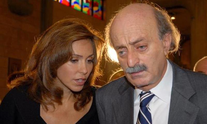 النائب اللبناني وليد جنبلاط وزوجته السورية نورا الشراباتي - (انترنت)