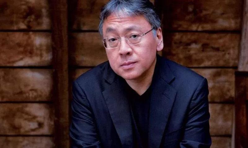 الروائي الياباني البريطاني كازو إيشيغورو (انترنت)