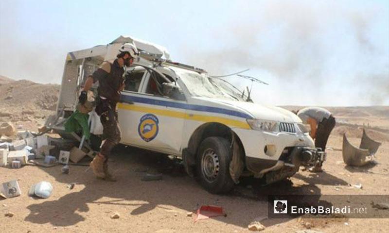 تضرر آليات الدفاع المدني إثر استهدافها في تل مرديخ بريف إدلب - 23 أيلول 2017 (عنب بلدي)