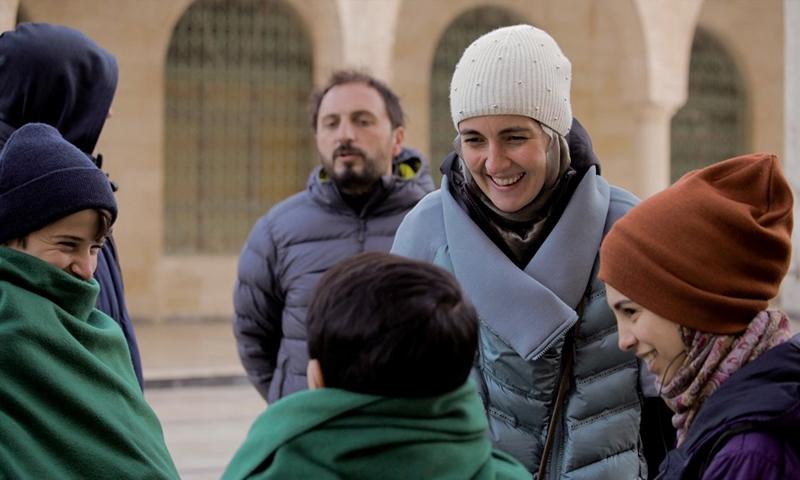 """مشهد من فيلم """"لا تتركني"""" عن الأيتام السوريين في تركيا (انترنت)"""