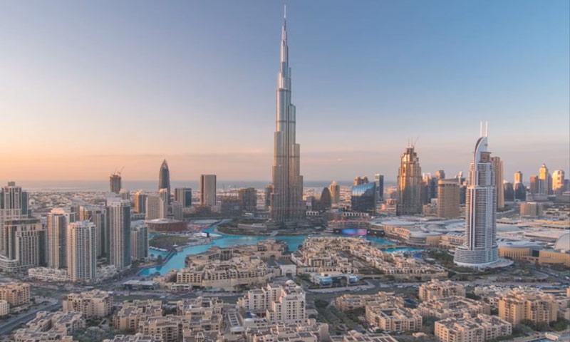 برج خليفة في إمارة دبي (world economic forum)