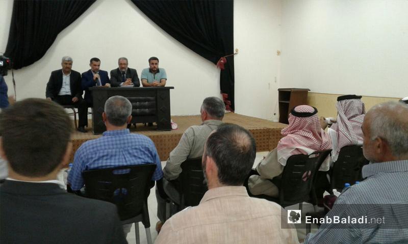 """رئيس """"حكومة الإنقاذ"""" محمد الشيخ وأعضاء من الهيئة التأسيسية في إدلب - تشرين الأول 2017 (عنب بلدي)"""