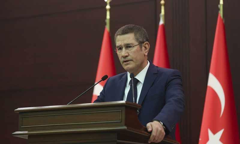 وزير الدفاع التركي نور الدين جانيكلي (وكالات)
