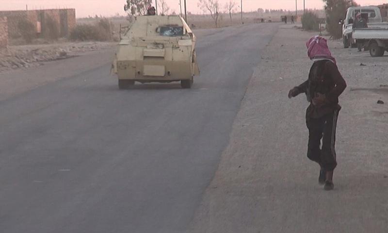 عناصر من تنظيم الدولة في محيط مدينة دير الزور - 30 أيلول 2017 (أعماق)