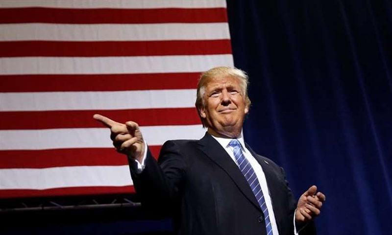 الرئيس الأمريكي دونالد ترامب، متوعدًا بتشديد سياسات الهجرة (انترنت)