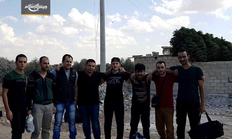 عناصر جيش الإسلام التي أفرجت عنهم قسد شمالي حلب - 3 تشرين الأول 2017 (جيش الإسلام)