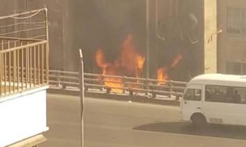 صورة للتفجير الذي استهدف قسم شرطة الميدان وسط دمشق - 2 تشرين الأول 2017 (دمشق الآن)