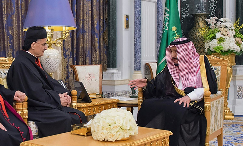 الملك سلمان والبطريرك بشارة الراعي - 14 تشرين الثاني 2017 (AFP)