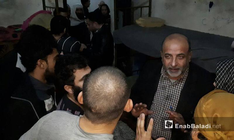 """تعبيرية: زيارة """"حكومة الإنقاذ السورية"""" لسجن إدلب المركزي - 21 تشرين الثاني 2017 (عنب بلدي)"""