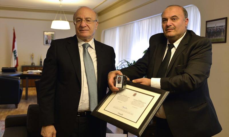 سعد زخيا (يمين) مع وزير الثقافلة اللبناني غطاس الخوري - 17 نيسان 2017 (وزارة الثقافة اللبنانية)
