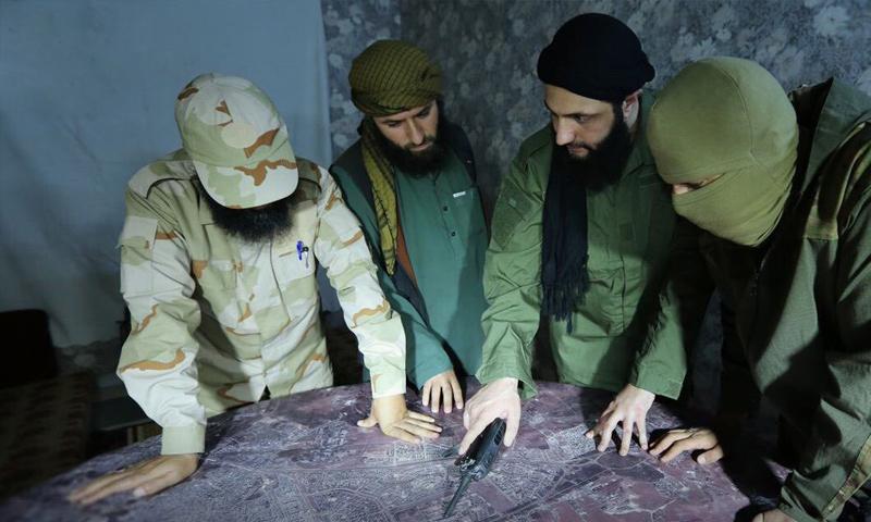 قائد هيئة تحرير الشام أبو محمد الجولاني يقود معارك ريف حماة الشمالي - (انترنت)