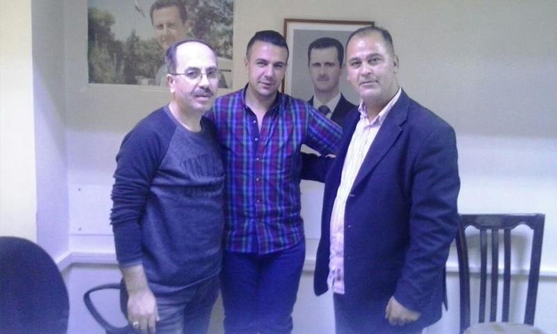 المراسل الحربي علي الأعور (يمين)، والمراسل الحربي شادي حلوة (وسط) وحبيب سلمان (يسار) (المصدر: صفحة حبيب سلمان في فيس بوك)