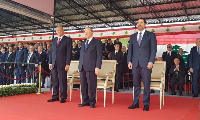 سعد الحريري وميشال عون ونبيه بري خلال احتفال الاستقلال - 22 تشرين الثاني (المستقبل)