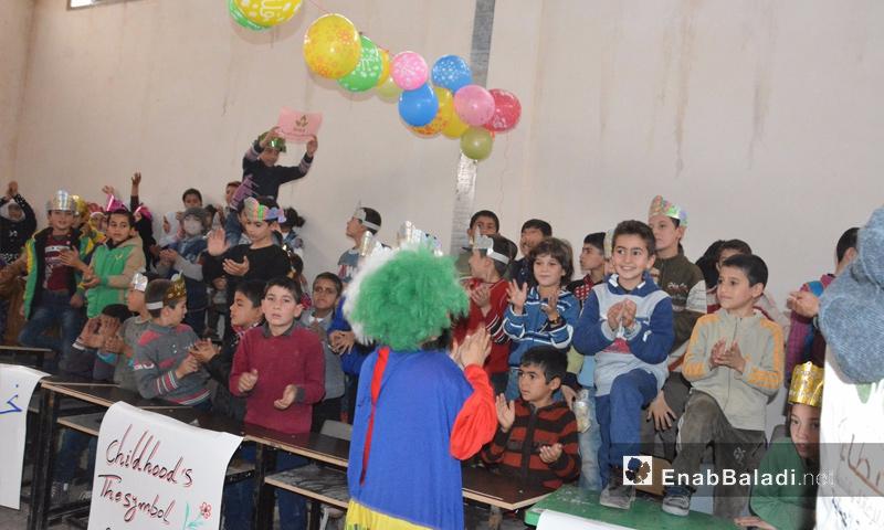 """من احتفال جمعية """"عطاء"""" للإغاثة الإنسانية - 20 تشرين الثاني 2017 (عنب بلدي)"""