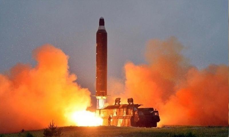صاروخ بالستي أطلقته كوريا الشمالية (AFP)