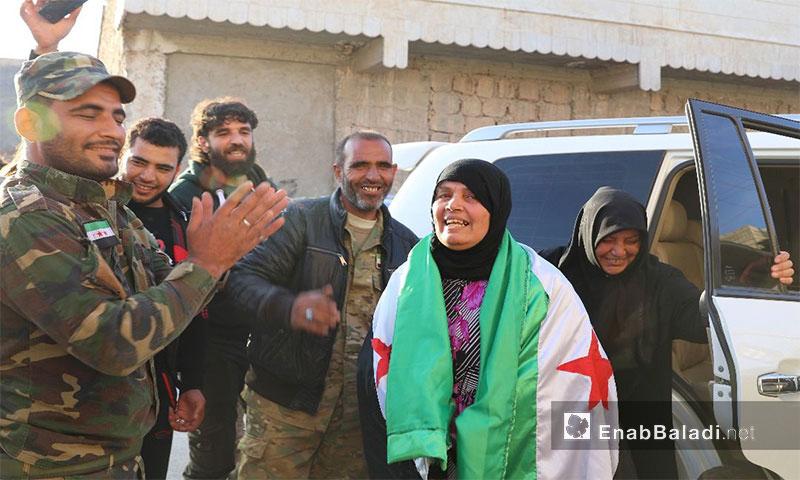 الإفراج عن معتقلة لدى النظام السوري في ريف حلب الشمالي - 4 تشرين الثاني 2017 (عنب بلدي)
