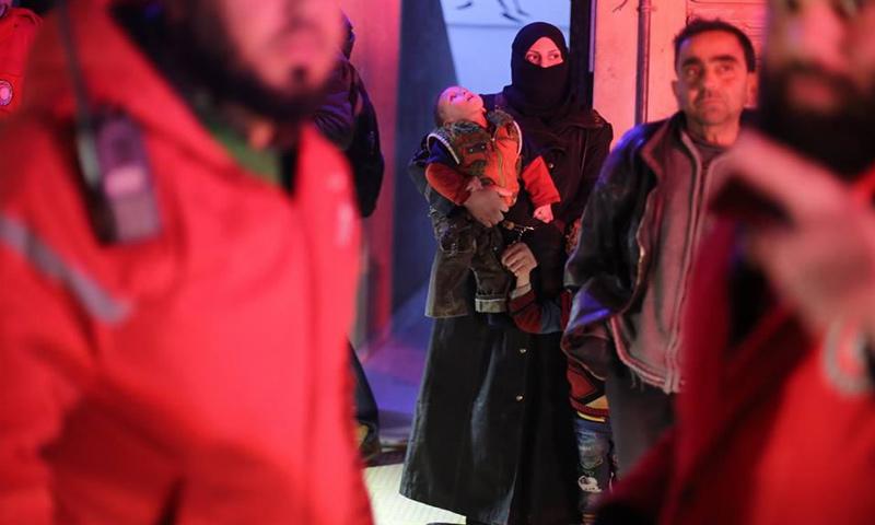 إجلاء الدفعة الثانية من مرضى الغوطة الشرقية - 27 كانون الأول 2017 (الهلال الأحمر)