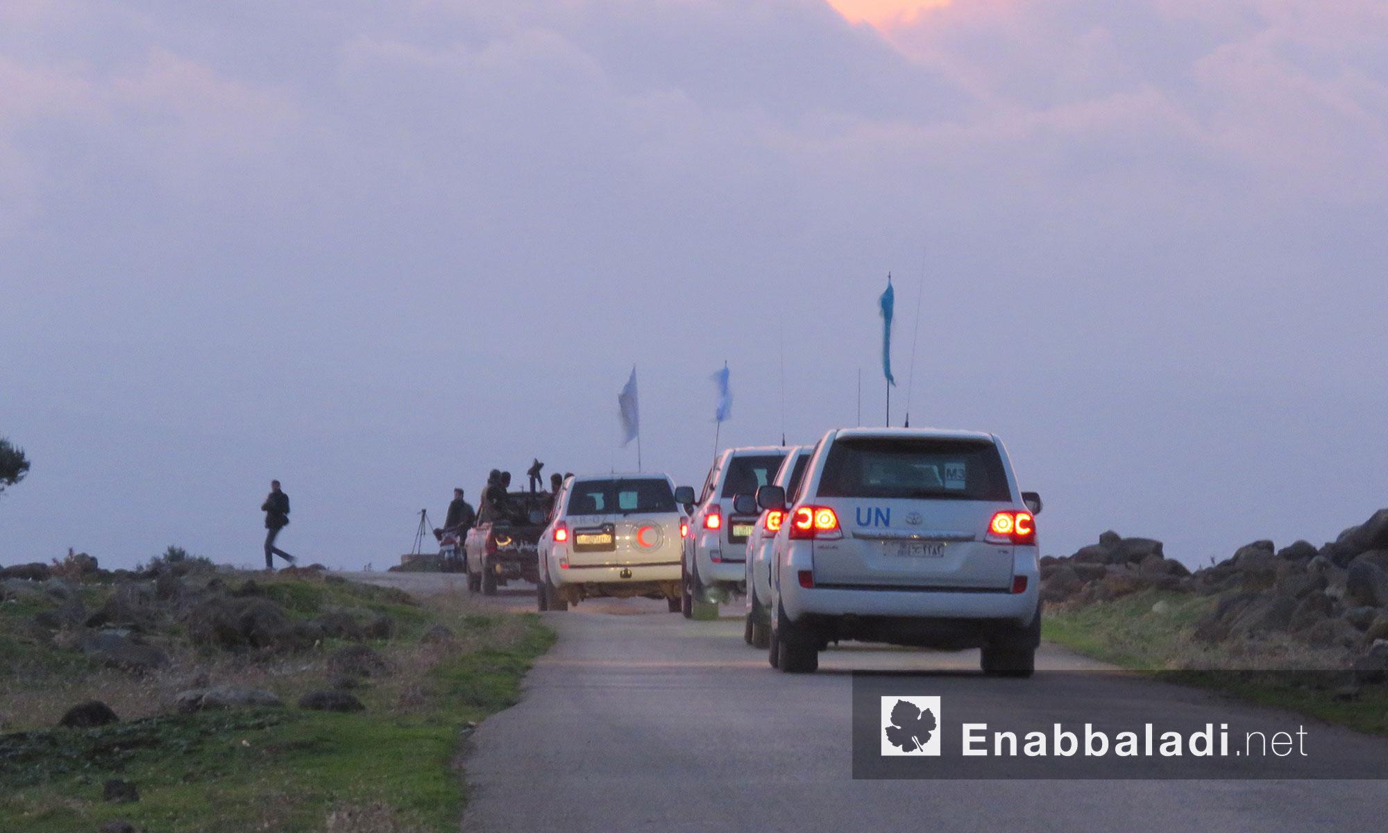 دخول قافلة مساعدات أممية إلى منطقة الحولة ومناطق ريف حماه الجنوبي - 14 كانون الأول 2017 (عنب بلدي)