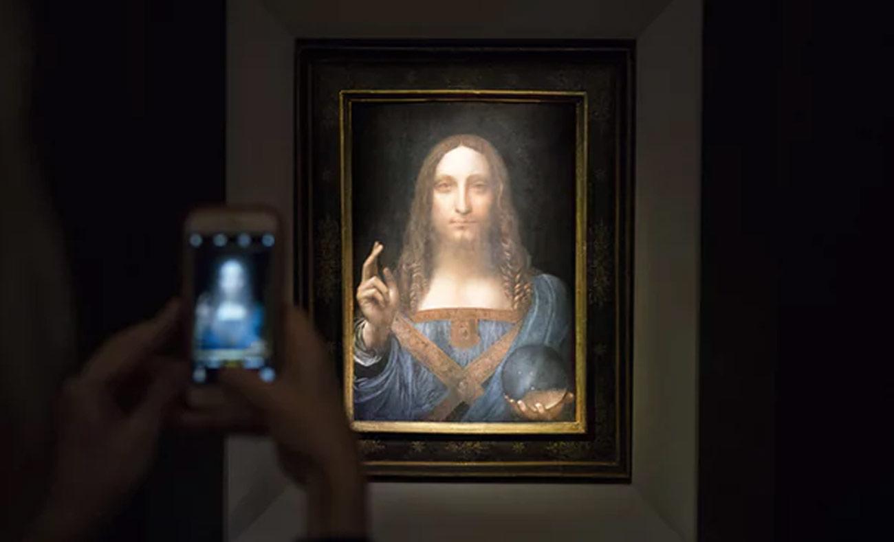 """لوحة """"المسيح المخلص"""" لليوناردو دافنشي، والتي بيعت في مزاد علني هذا العام بمبلغ 450 مليون دولار (Getty Images)"""