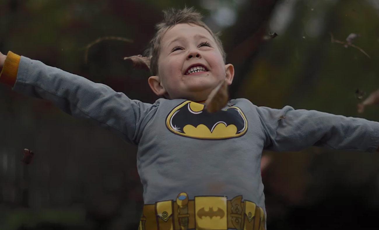 """دراسة """"أثر باتمان"""" تثبت أهمية تقمص الأطفال للأبطال الخارقين على سلوكهم (world economic forum)"""