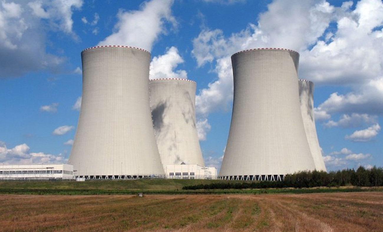 فرنسا ترغب بالاعتماد أكثر على الطاقة النووية للحد من انبعاثات ثاني أكسيد الكربون (انترنت)