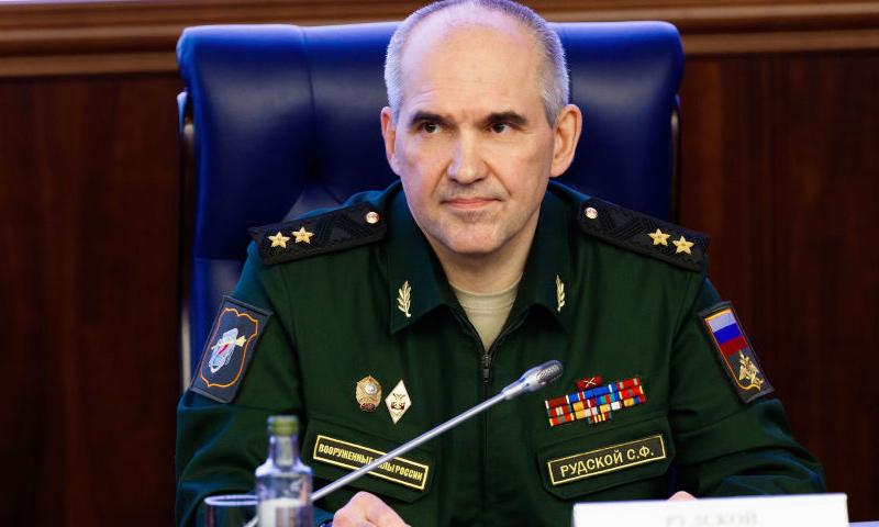 رئيس دائرة العمليات، في هيئة الأركان العامة للقوات المسلحة الروسية، الفريق أول سيرغي رودسكوي (سبوتنيك)