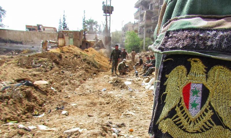 قوات الأسد في إدارة المركبات بحرستا - 29 كانون الأول 2017 (مراسل الحرس الجمهوري وسيم عيسى)