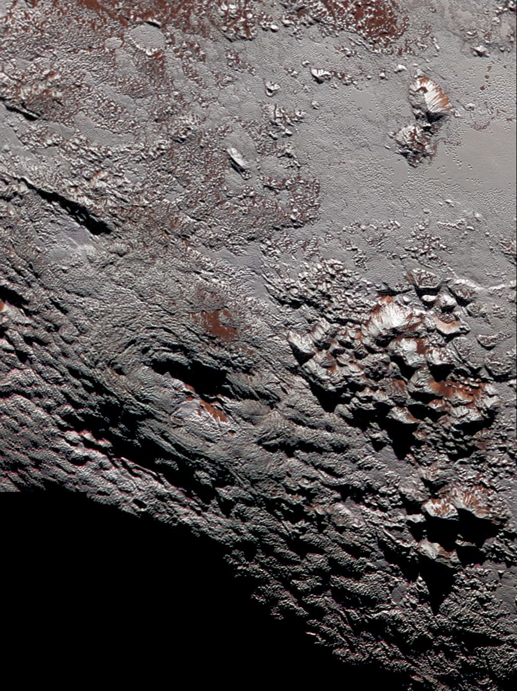 لقطة مركزة على كوكب بلوتو - تموز 2015 (NASA)