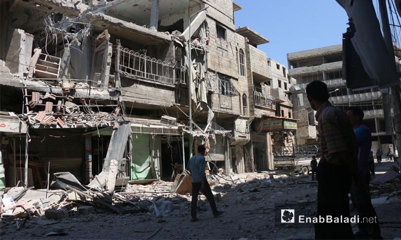 الدمار الناتج عن قصف جوي على مدينة عربين بريف دمشق- تموز2016 ( عنب بلدي)