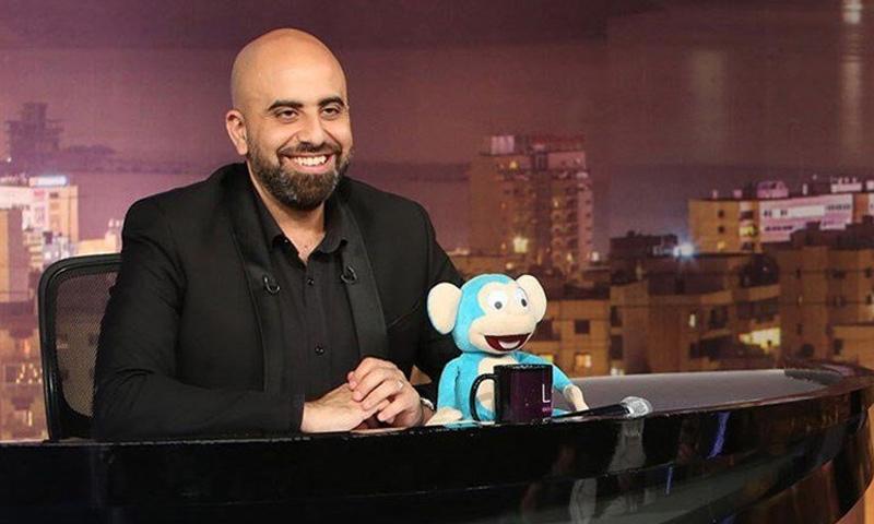 """الإعلامي اللبناني هشام حداد مقدم برنامج """"لهون وبس"""" على قناة """"lbc"""" (انترنت)"""