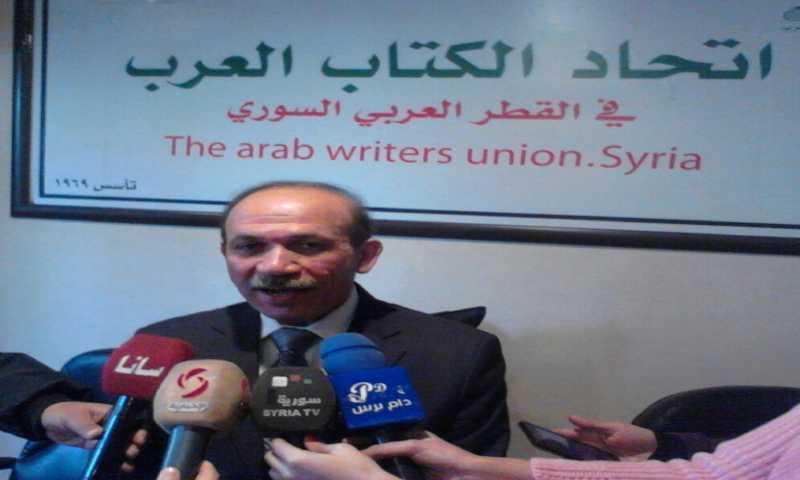 نضال الصالح رئيس اتحاد الكتاب في سوريا (جوردان نت)