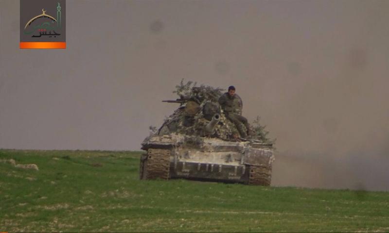 دبابة تتبع لفصيل جيش النصر على جبهات ريف إدلب الشرقي - 13 كانون الثاني 2018 (جيش النصر)