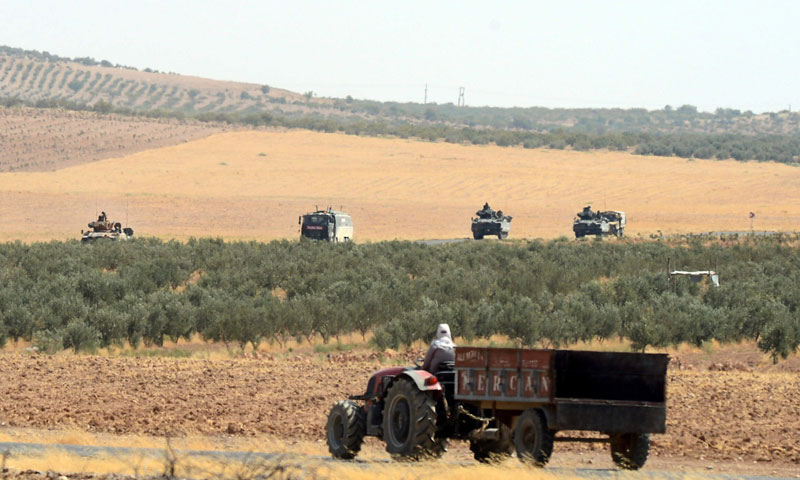 قوات تركية في قرية كاركاميس الحدودية بين سوريا وتركيا- 27 آب 2016 (AP)