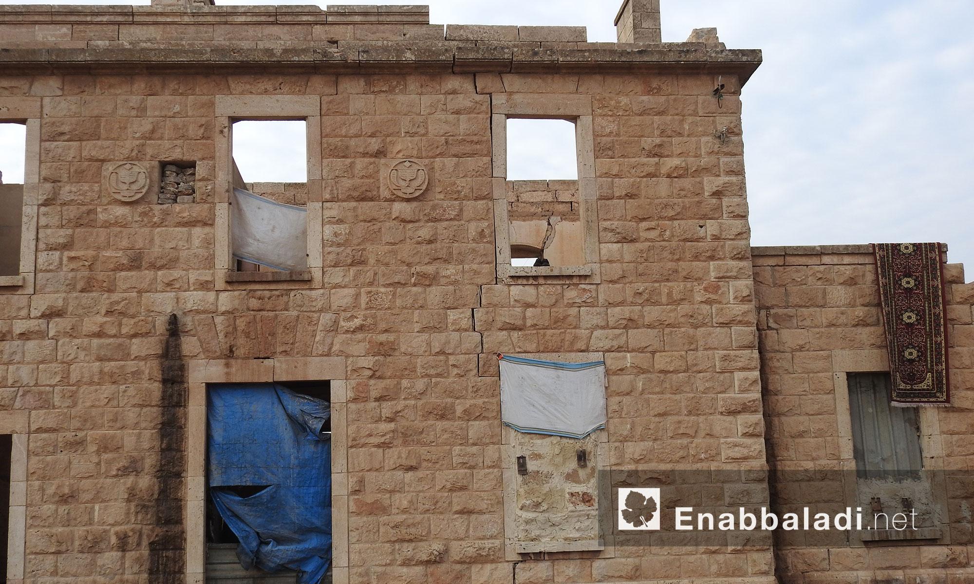 مبنى الاثري القديم (مبنى محطة القطار) في مدينة اخترين بريف حلب الشمالي - 6 كانون الثاني 2018 (عنب بلدي)