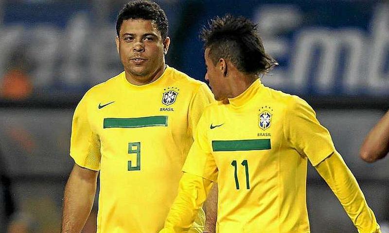 النجمان البرازيليان نيمار ورونالدو (انترنت)