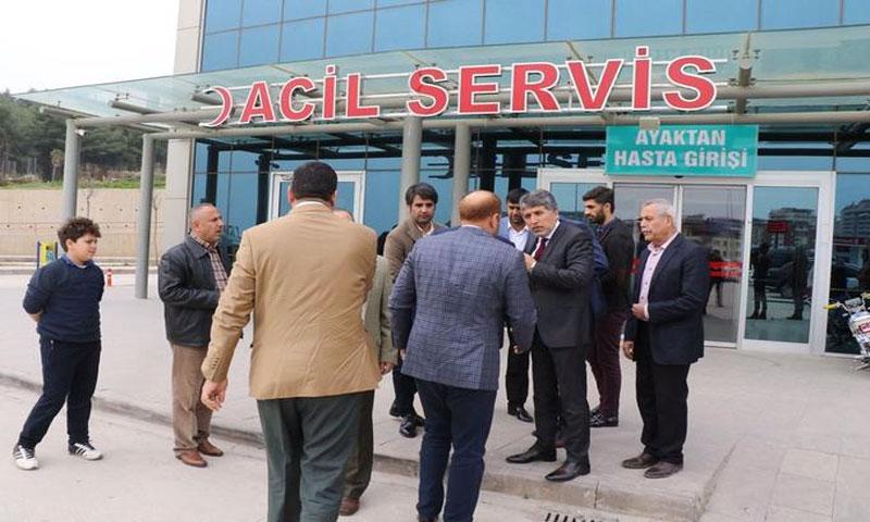 عضو حزب العدالة والتنمية يزور جرحة الطائرة التركية المسقطة - 10 شباط 2018 (DHA)