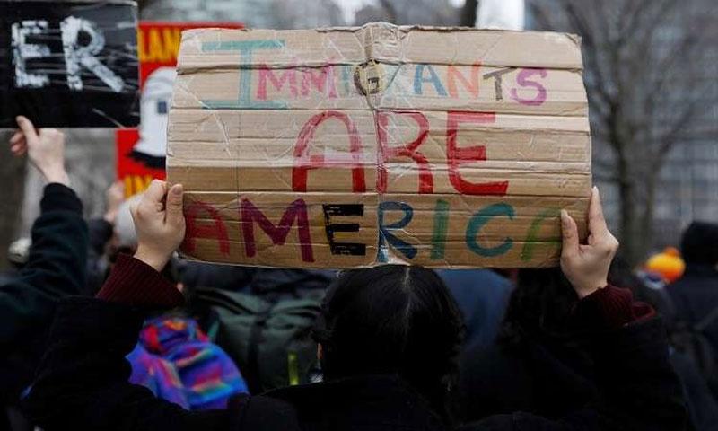 من مظاهرات الاحتجاجية على قوانين الحد من الهجرة15 شباط(رويترز)