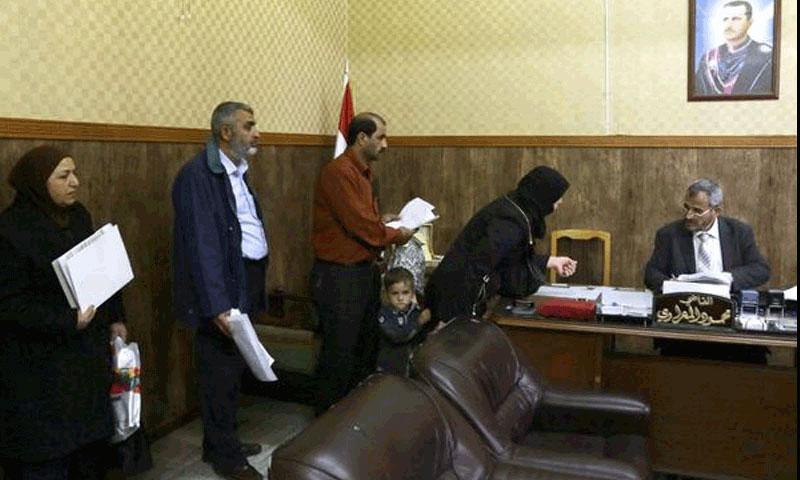 القاضي الشرعي الأول محمود المعراوي (AFP)