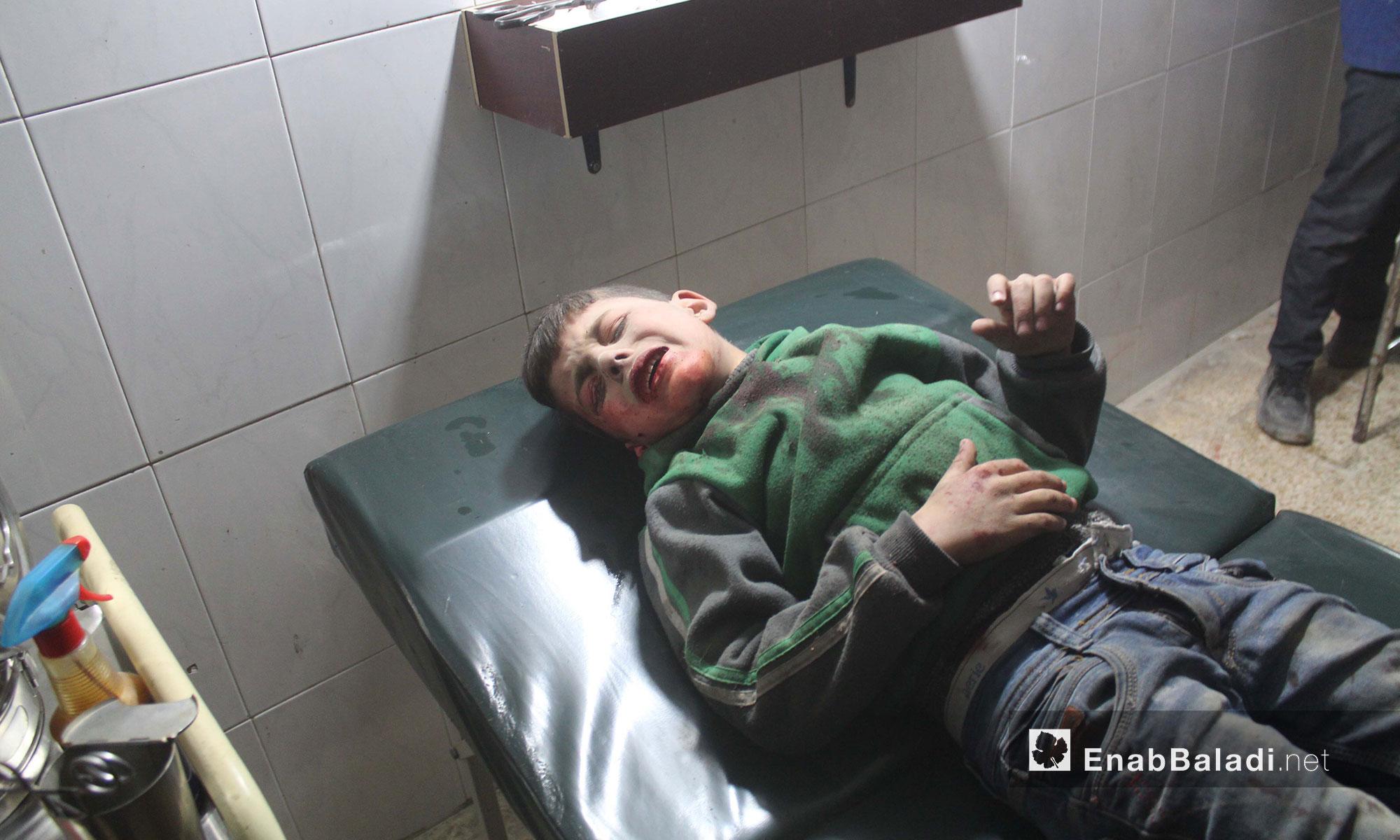 طفل جريح  في أحد مشافي الغوطة الشرقية - 21 شباط 2018 (عنب بلدي)