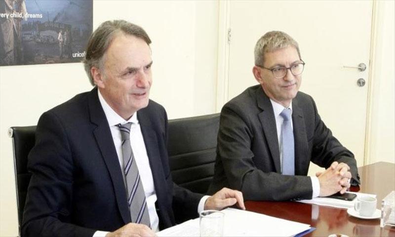 وزير الدولة السويسري لشؤون الهجرة ماريو غاتيكر في بيروت 6شباط (الأناضول)