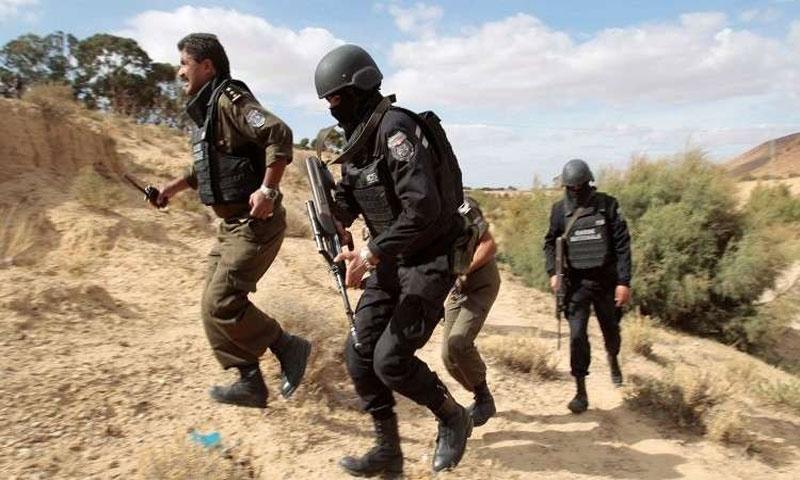 عناصر الأمن التونسي(رويترز)