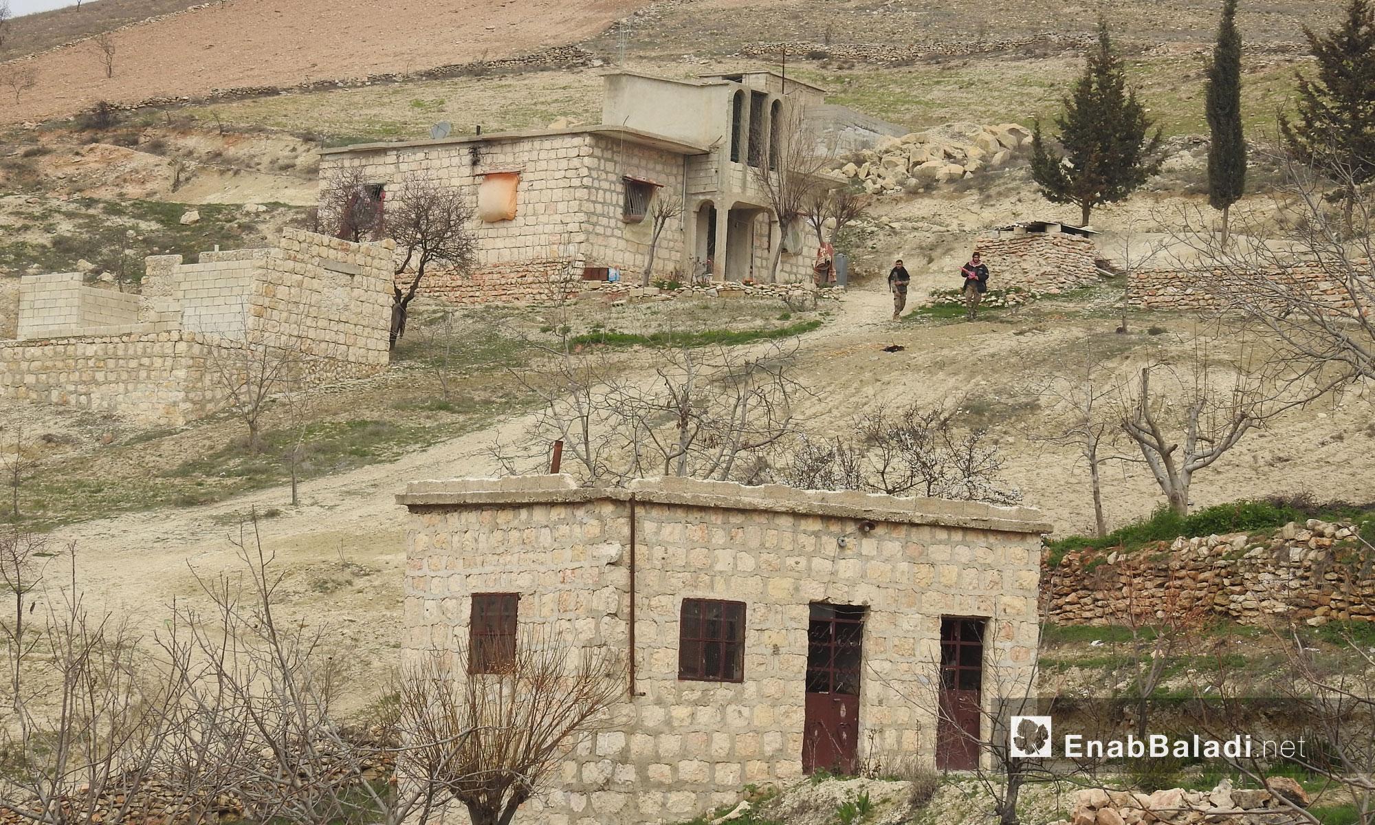 """قرية ديكماطاش بعد سيطرة الجيش الحر عليها ضمن عملية """"غصن الزيتون"""" في عفرين - 21 شباط 2018 (عنب بلدي)"""